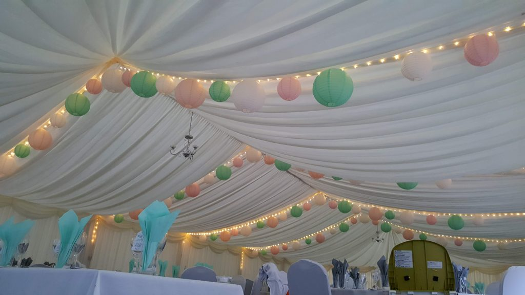 Inflate2Create Setting Up at Wedding Fayre 6